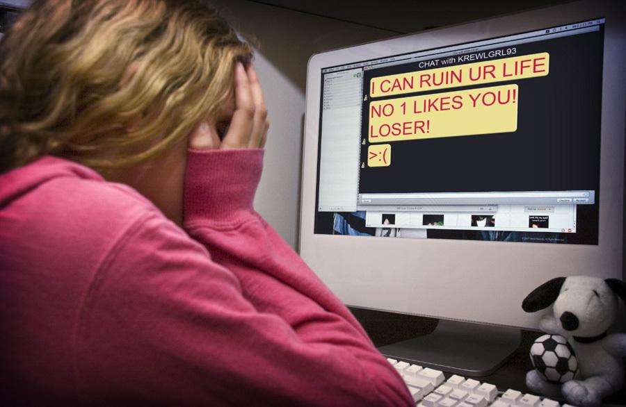 Phụ huynh đau đầu kiểm soát con sử dụng mạng xã hội