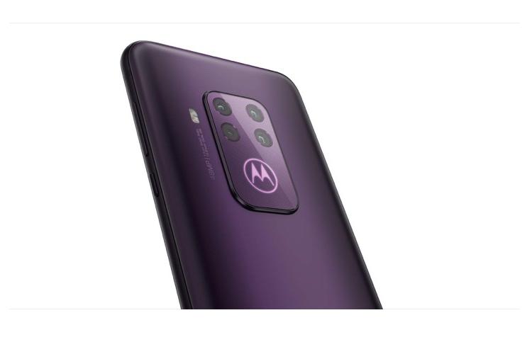 Motorola one zoom lo cau hinh voi cum 4 camera vuong-Hinh-2