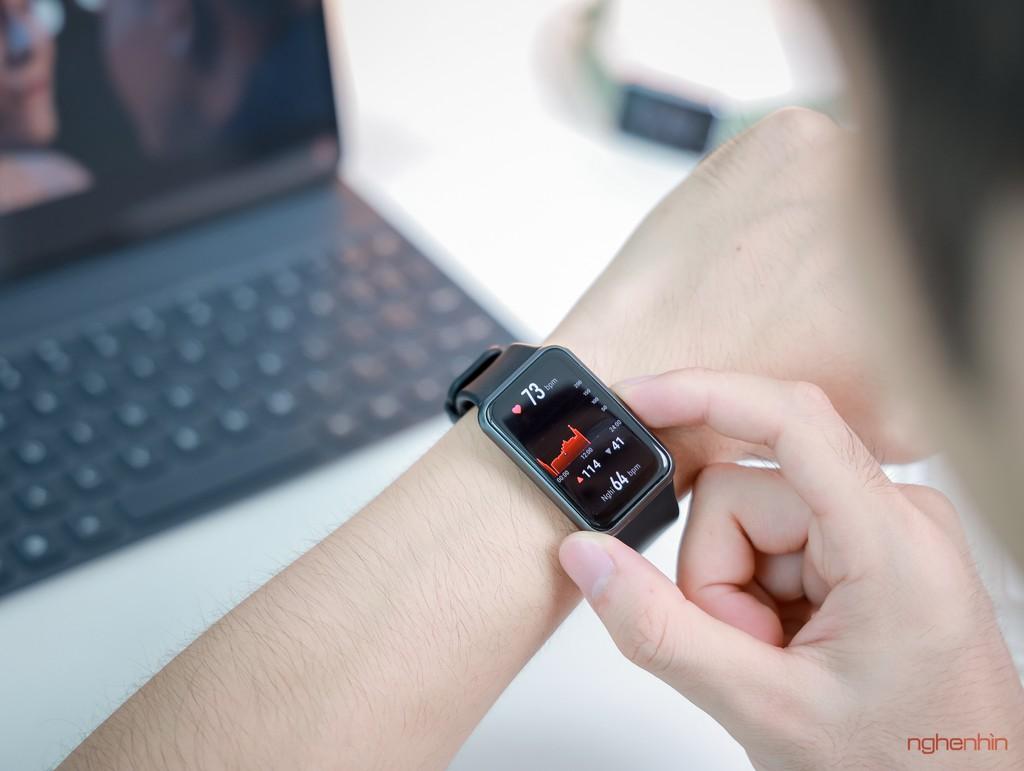 Trên tay Watch Fit đồng hồ thông minh thể thao đầu tiên của Huawei giá 3,3 triệu  ảnh 4