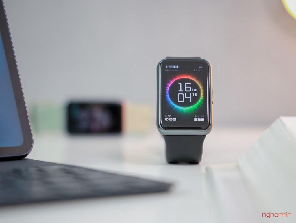 Trên tay Watch Fit đồng hồ thông minh thể thao đầu tiên của Huawei giá 3,3 triệu  ảnh 5