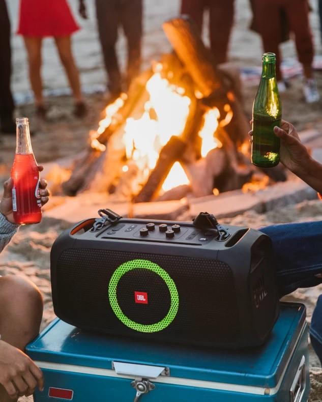 """Đặt trước loa JBL PartyBox On-The-Go """"rinh"""" cặp mic không dây và tai nghe true wireless ảnh 1"""