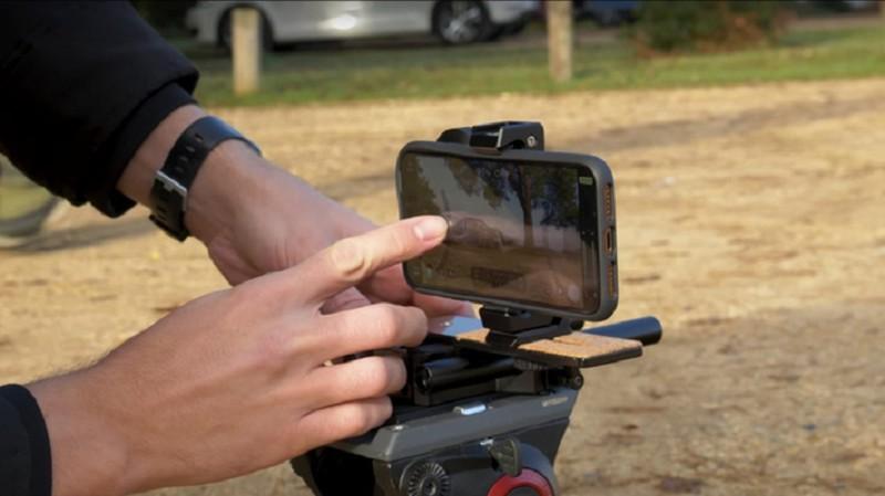 Dung iPhone 11 Pro quay sieu xe thay may quay chuyen nghiep