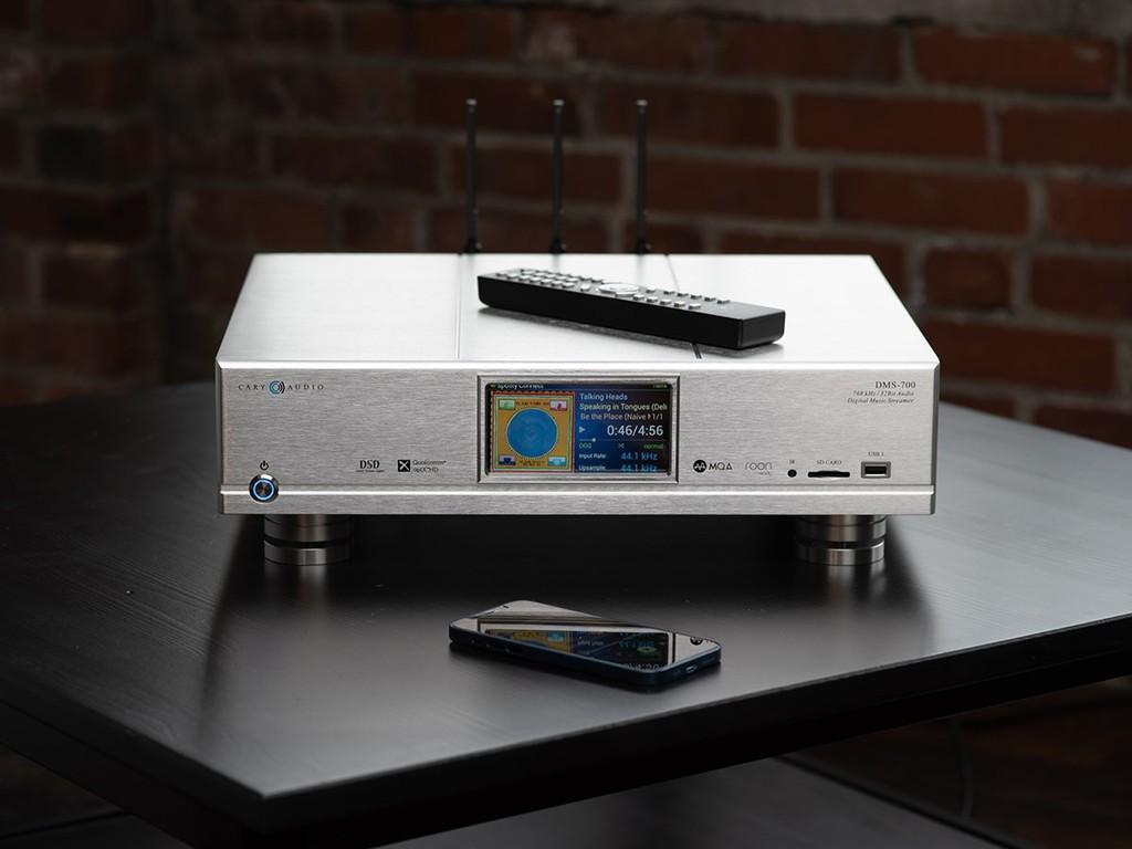 Cary Audio DMS-700 - Network Player đầu tiên trang bị cả chip FPGA và DAC điện trở bậc thang ảnh 2