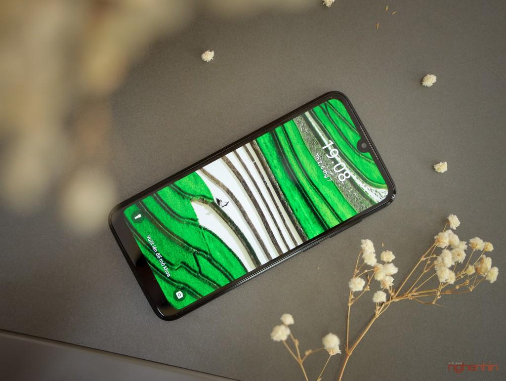 Nếu giá và cấu hình như đồ ngoại, bạn có mua smartphone Việt hay không?  ảnh 4
