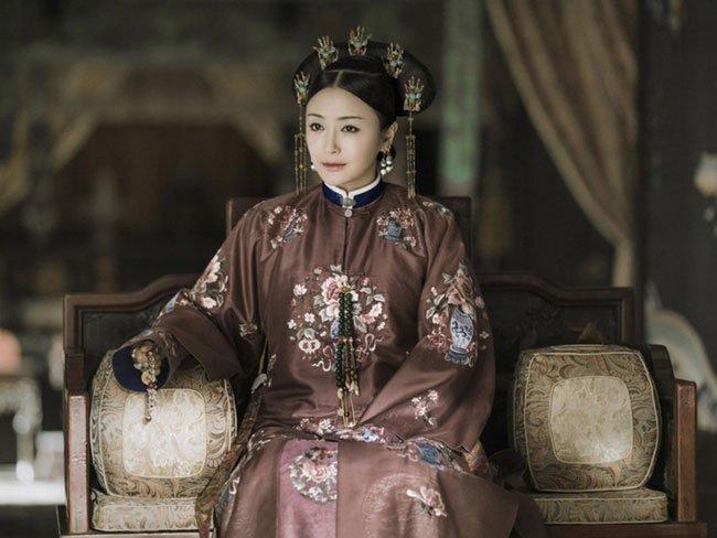 Hiếu Hiền Thuần hoàng hậu Phú Sát thị trong phim Diên Hi Công Lược.