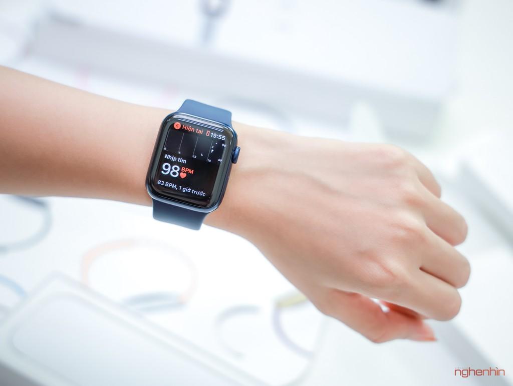 Khui hộp Apple Watch SE, Watch series 6 và iPad 10.2 2020 tại Việt Nam giá từ 8 triệu ảnh 8