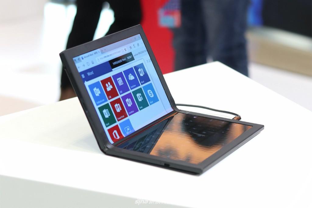 Lenovo ThinkPad X1: laptop màn hình gập đầu tiên trên thế giới được trưng bày ảnh 1