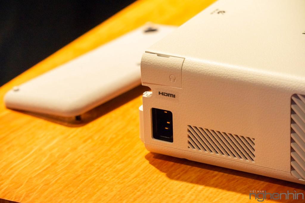 Máy chiếu laser 3LCD EPSON EF-100 nhỏ nhất thế giới ra mắt thị trường Việt giá từ 25 triệu ảnh 6