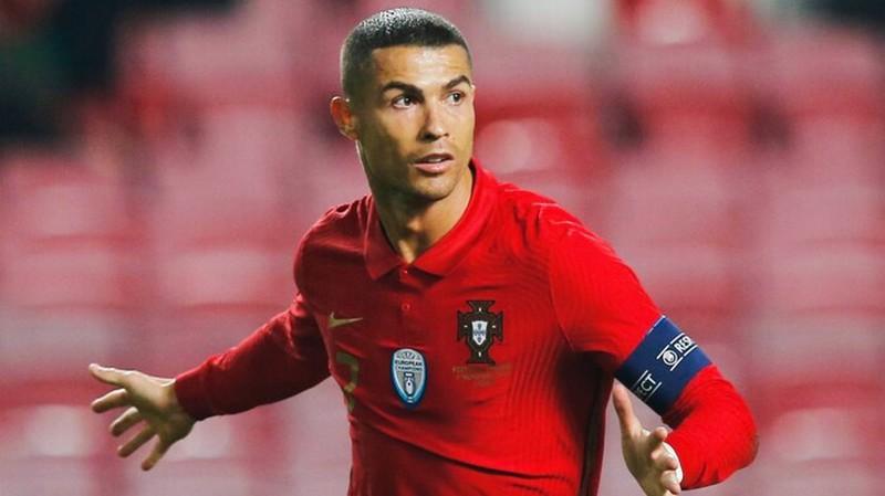 1 bai dang cua Ronaldo du de nuoi song 10 gia dinh/nam-Hinh-4