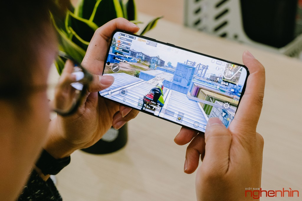 Chơi game trên Galaxy S21 Ultra: Exynos 2100 nhanh, mát mẻ ảnh 4