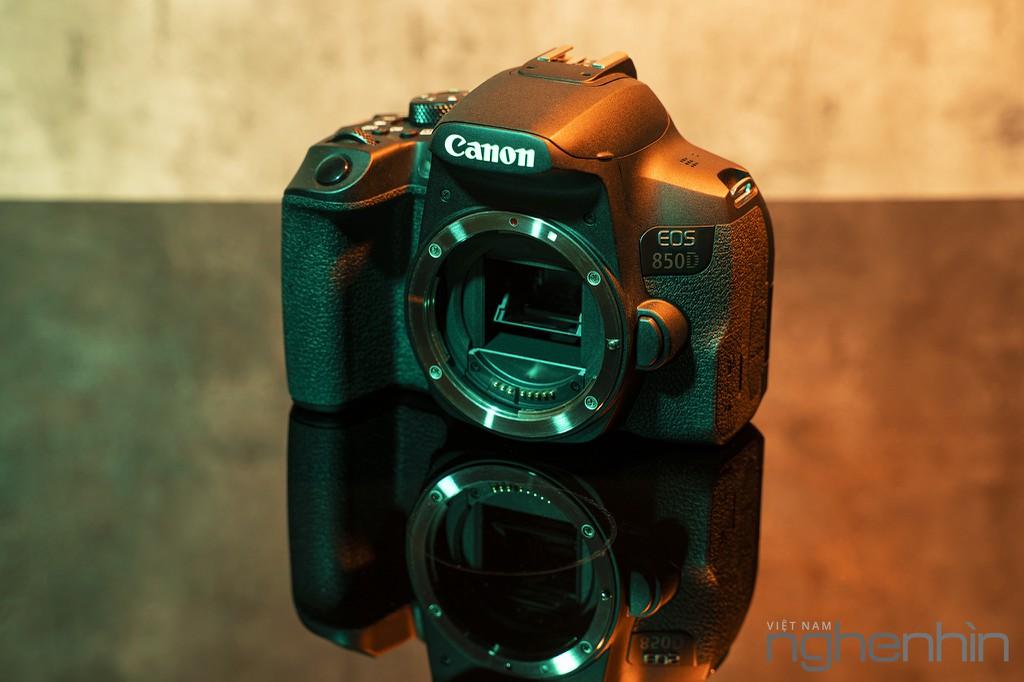 """Trải nghiệm & Đánh giá Canon EOS 850D - DSLR """"nhập môn"""" xứng đáng cho người yêu nhiếp ảnh ảnh 2"""