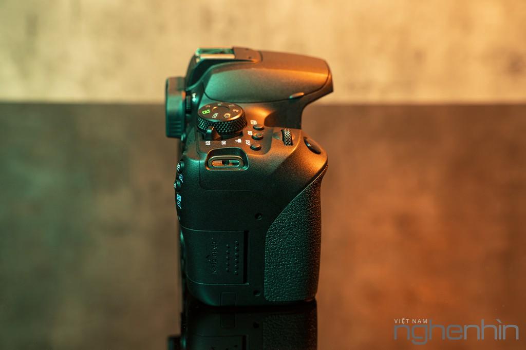 """Trải nghiệm & Đánh giá Canon EOS 850D - DSLR """"nhập môn"""" xứng đáng cho người yêu nhiếp ảnh ảnh 3"""