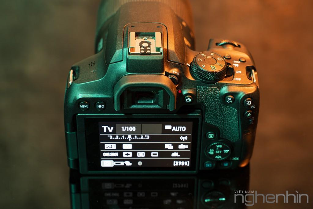 """Trải nghiệm & Đánh giá Canon EOS 850D - DSLR """"nhập môn"""" xứng đáng cho người yêu nhiếp ảnh ảnh 7"""