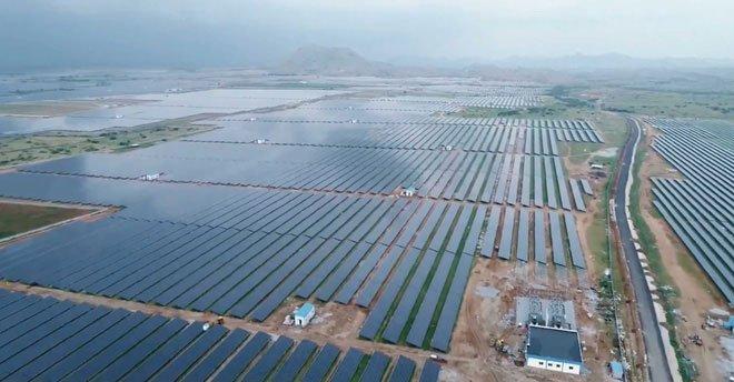 Trang trại năng lượng Mặt Trời vẫn chưa phải nguồn cung cấp năng lượng dồi dào nhất.