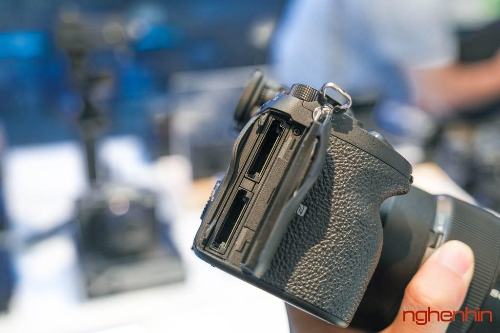 Trên tay Sony A7S Mark III, quái vật quay video của năm 2020 với giá 83 triệu đồng ảnh 2