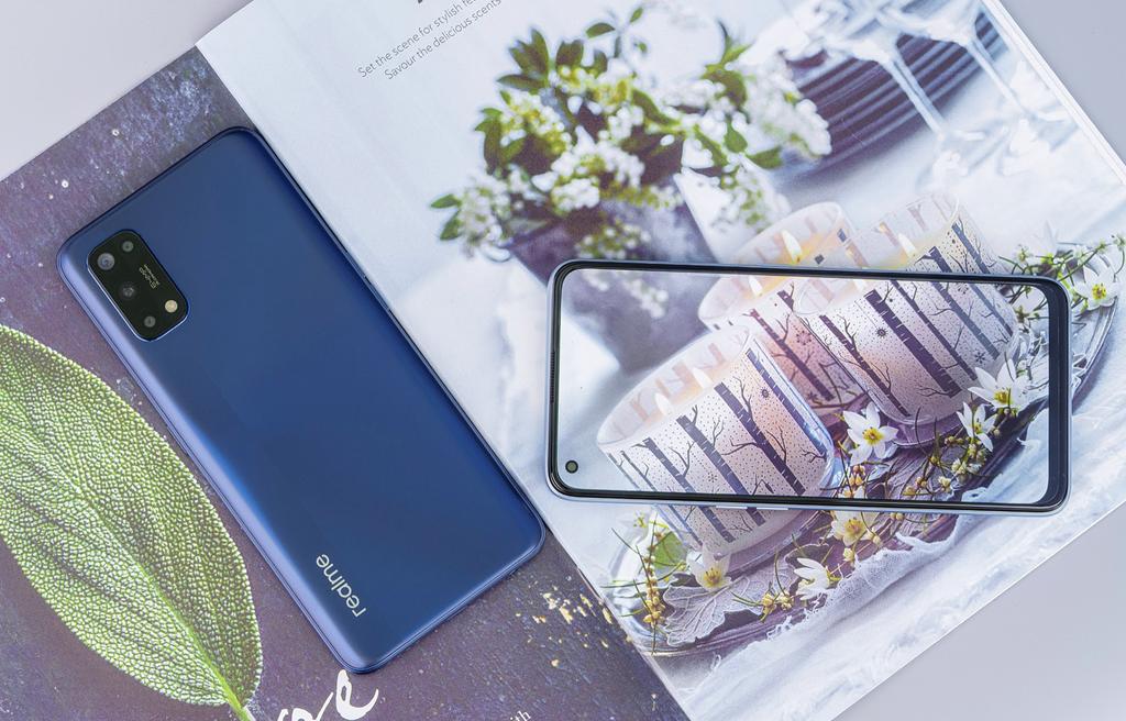 Realme 7 và 7 Pro ra mắt thị trường Việt giá từ 7 triệu kèm quà tặng tai nghe Buds Q giá 1,3 triệu ảnh 7