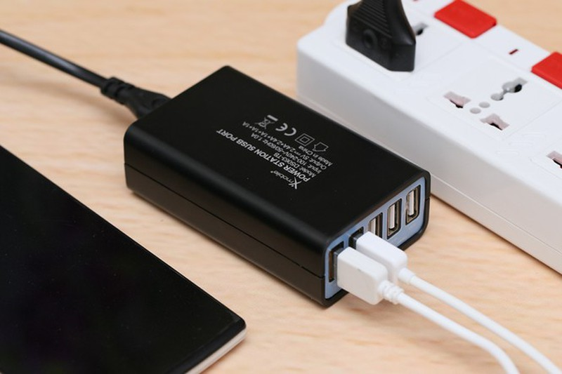Apple loai bo cu sac khi mua iPhone 12 co them loi ich gi ?-Hinh-3