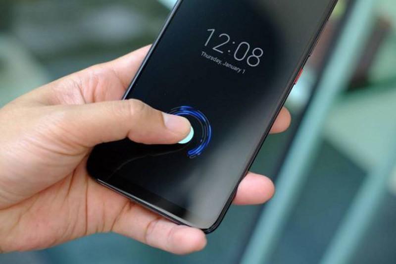 Ly do iPhone 12 khong them tinh nang mo khoa van tay la gi?-Hinh-2