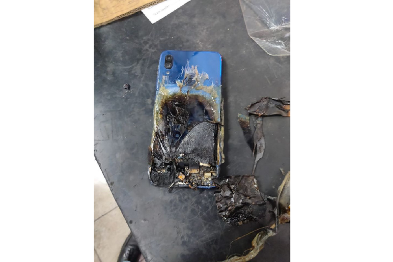 Redmi Note 7S tu boc chay, Xiaomi tu choi trach nhiem-Hinh-2