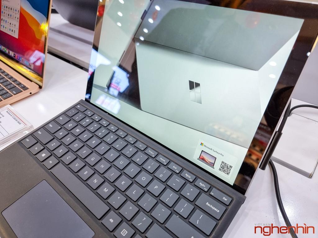 FPT Shop khai trương 68 Trung tâm trải nghiệm laptop, mở bán Surface Pro 7 siêu bảo hành ảnh 6
