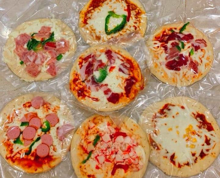 Nguồn gốc pizza siêu rẻ tràn chợ mạng, 6 tháng không mốc hỏng