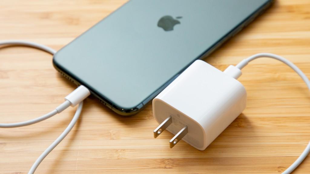Apple nên chuyển sang USB-C trên iPhone nếu muốn bảo vệ môi trường hơn nữa ảnh 2