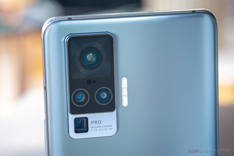 Smartphone 5G, camera sieu chat giam gia 2 trieu o Viet Nam-Hinh-4