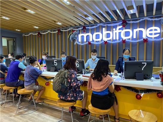 Vì sao người dùng Việt Nam không cần đổi SIM 5G? Cách đăng ký 5G ra sao?
