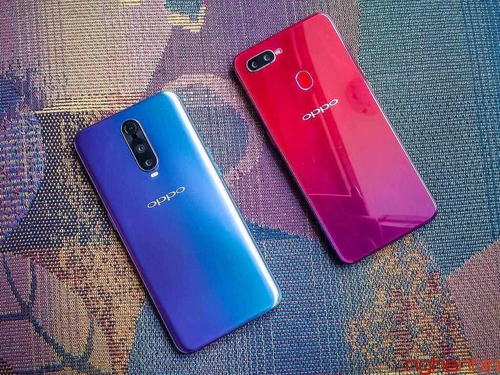 Những smartphone phong cách để diện đi chơi Tết ảnh 2