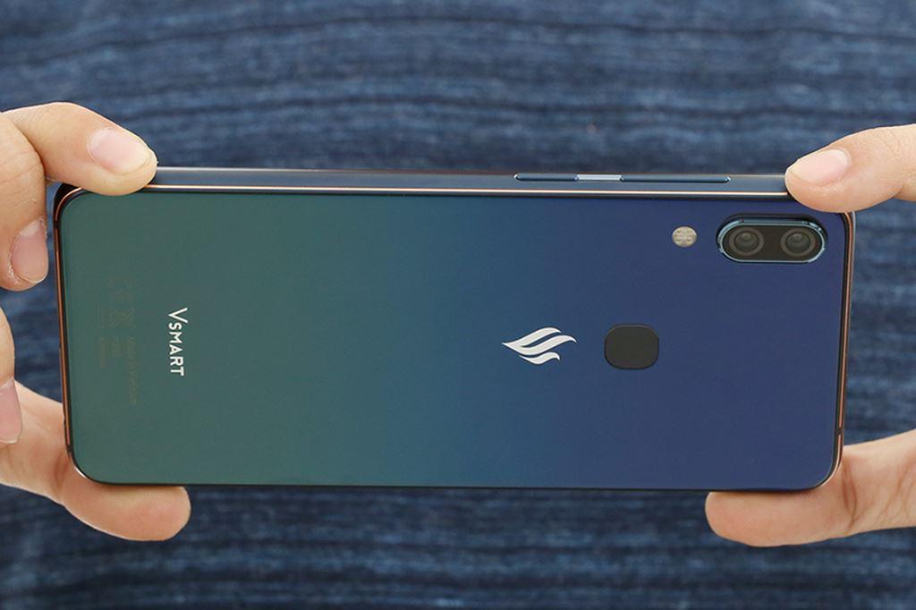 Những smartphone phong cách để diện đi chơi Tết ảnh 11