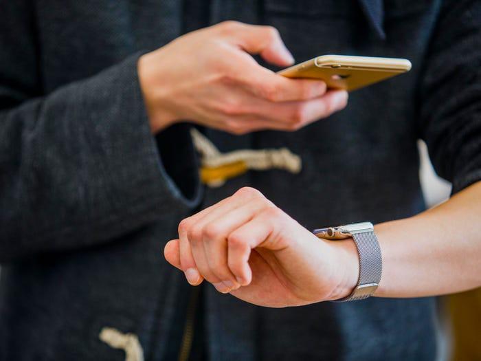 5 cách sửa lỗi Apple Watch và iPhone không kết nối ảnh 1