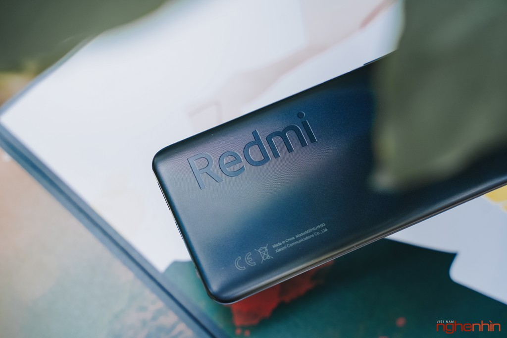 Trên tay Redmi 9T giá 4 triệu đồng thiết kế đẹp pin 6.000mAh, camera 48MP ảnh 6