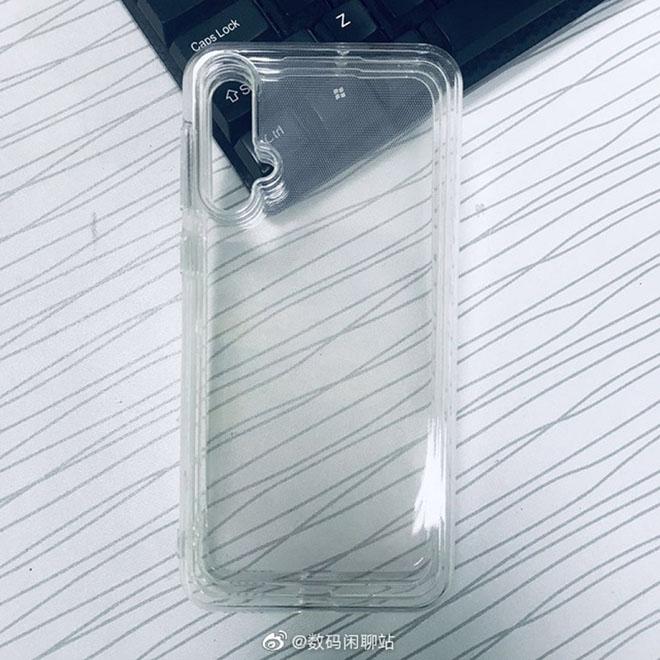 Bão chưa tan, Huawei vẫn phát triển nova 5 có sạc nhanh đến 40W