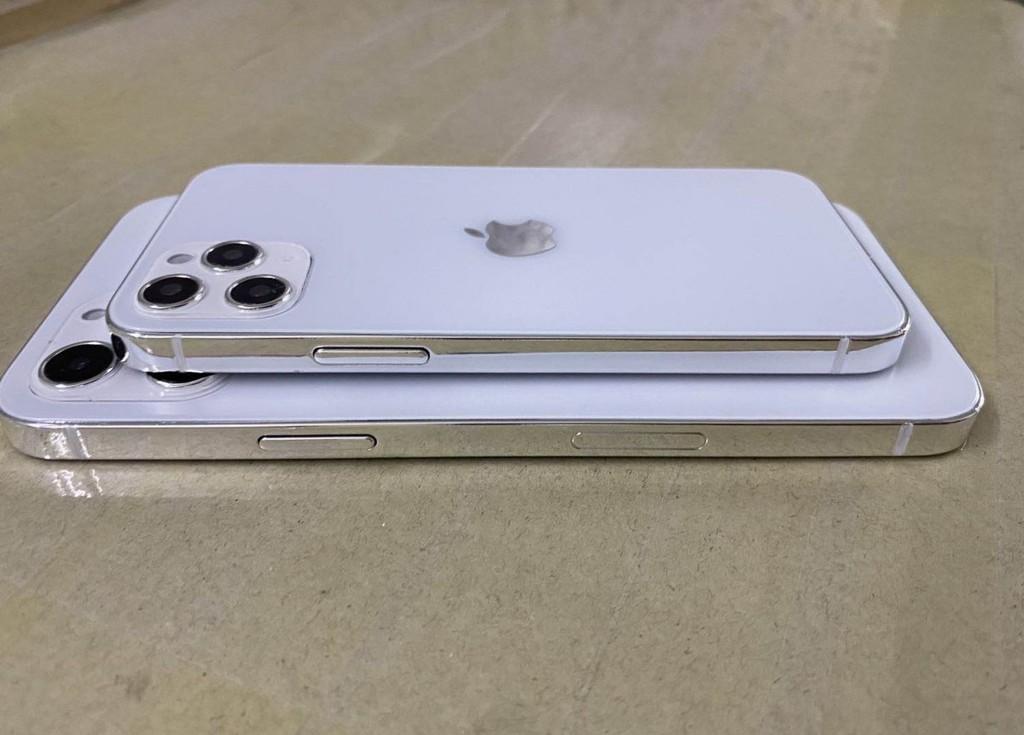 Lộ thiết kế mặt sau iPhone 12 ảnh 1