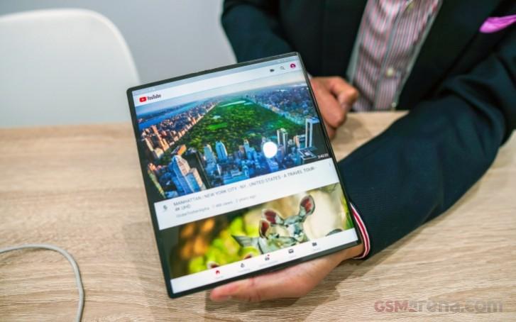 Huawei Mate X tiếp tục cháy hàng chỉ trong vòng chưa đầy 60 giây ảnh 1