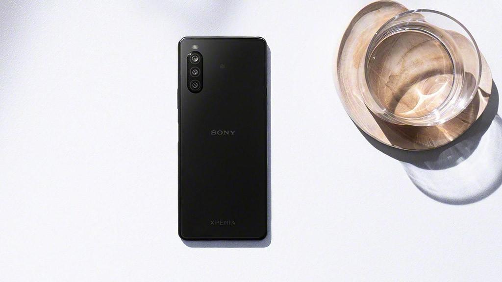 Sony Xperia Compact sẽ quay trở lại với mẫu smartphone 5.5-inch ảnh 1