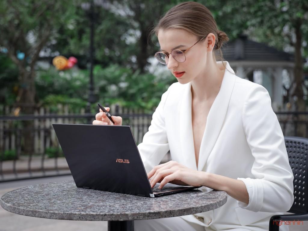 Trên tay Asus ZenBook Flip S : laptop 2 trong 1 cao cấp, mỏng nhất thế giới ảnh 1