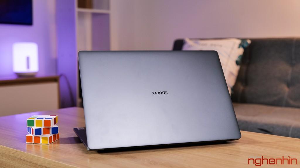 Trên tay Xiaomi Mi Notebook Pro 15: màn hình 3.5K ấn tượng, 'MacBook chạy Windows'? ảnh 1