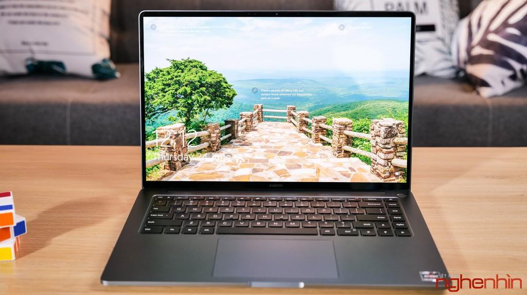 Trên tay Xiaomi Mi Notebook Pro 15: màn hình 3.5K ấn tượng, 'MacBook chạy Windows'? ảnh 2