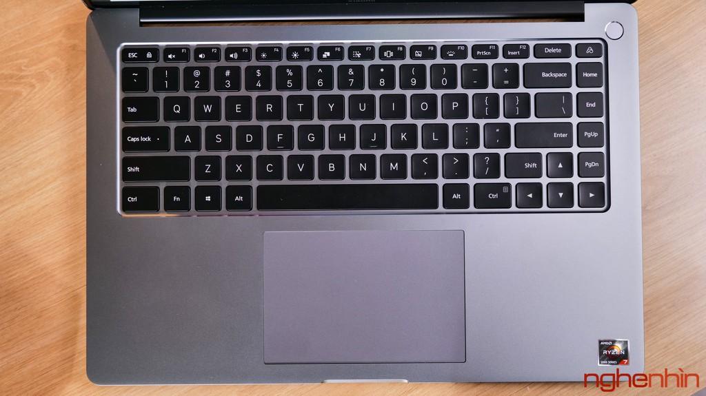 Trên tay Xiaomi Mi Notebook Pro 15: màn hình 3.5K ấn tượng, 'MacBook chạy Windows'? ảnh 7