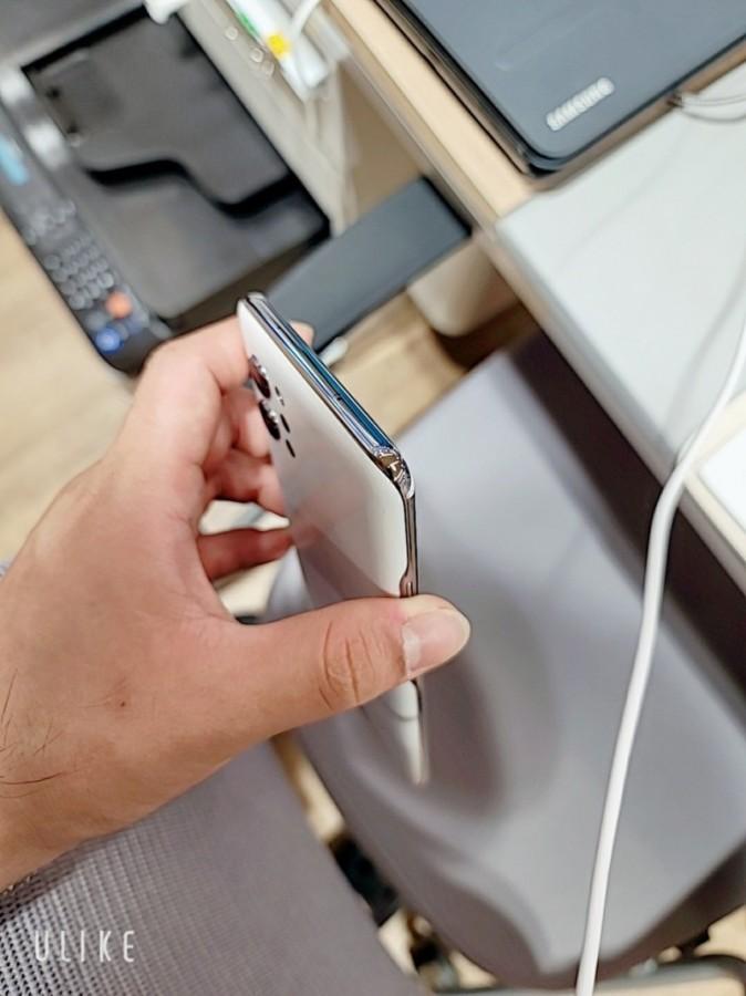 Rò rỉ ảnh thực tế LG Q92: smatphone 5G giá mềm, 4 camera, Snapdragon 765G  ảnh 3