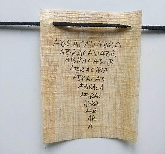 Lá bùa Abracadabra