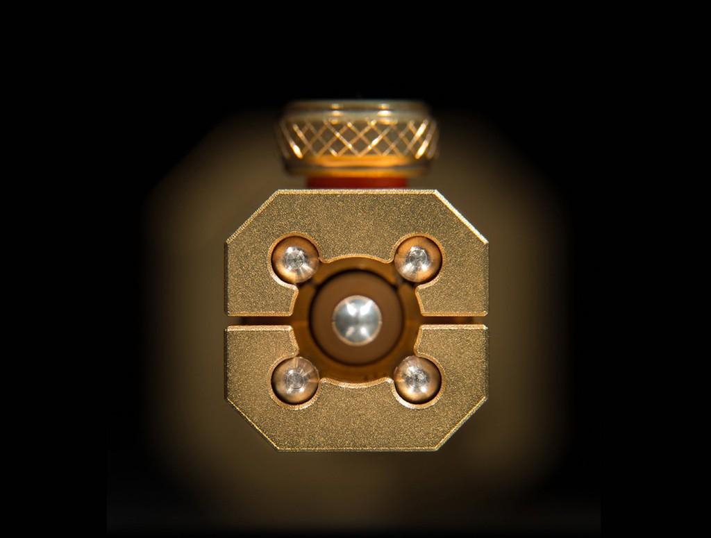 Cáp ultra hi-end Siltech Triple Crown – Bộ ba vương miện cân bằng mỹ thuật âm thanh ảnh 10
