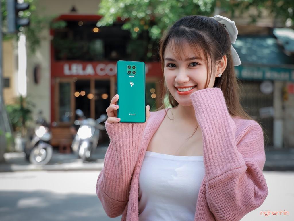 Trên tay Vsmart Aris Pro - điện thoại chính hãng camera ẩn đầu tiên tại Việt Nam giá 10 triệu ảnh 1