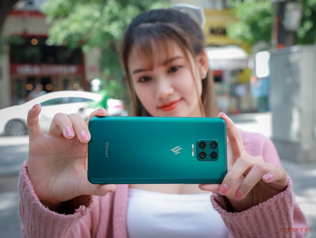 Trên tay Vsmart Aris Pro - điện thoại chính hãng camera ẩn đầu tiên tại Việt Nam giá 10 triệu ảnh 11