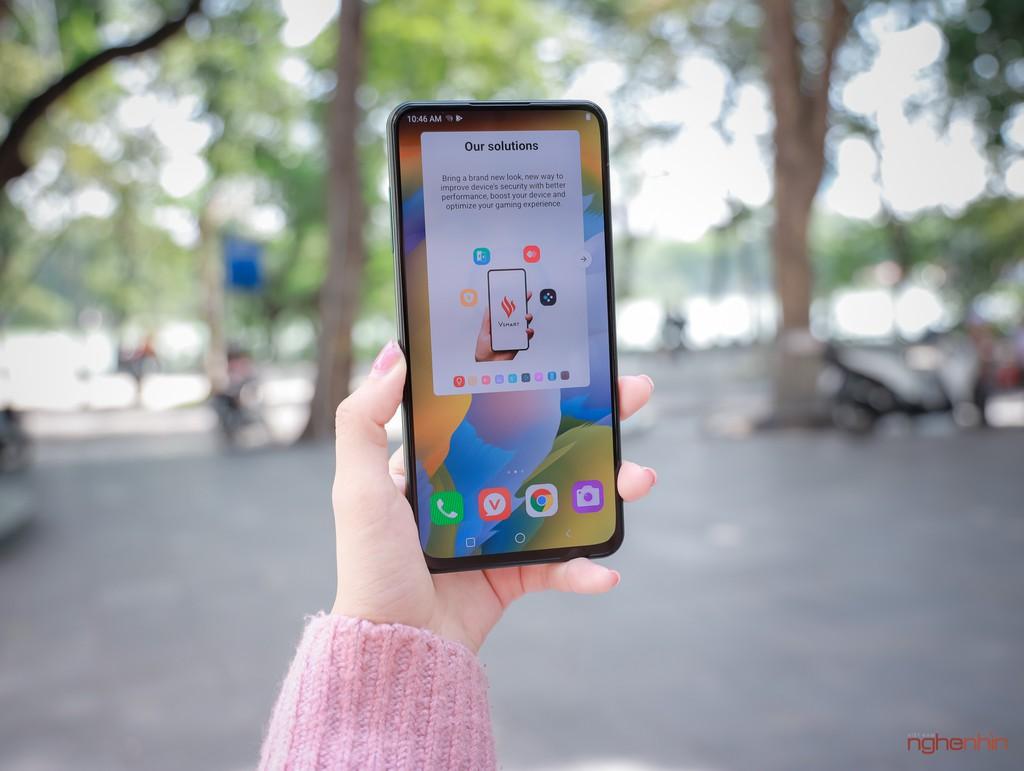 Trên tay Vsmart Aris Pro - điện thoại chính hãng camera ẩn đầu tiên tại Việt Nam giá 10 triệu ảnh 10