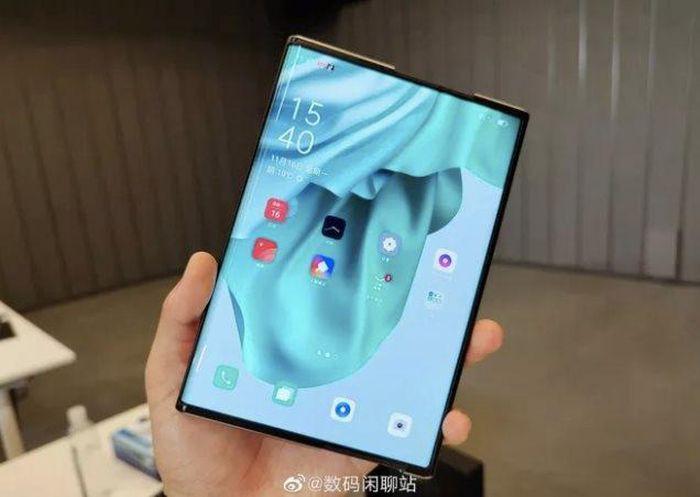 Xuất hiện thêm loạt video trên tay smartphone màn hình cuộn OPPO X 2021 ảnh 1