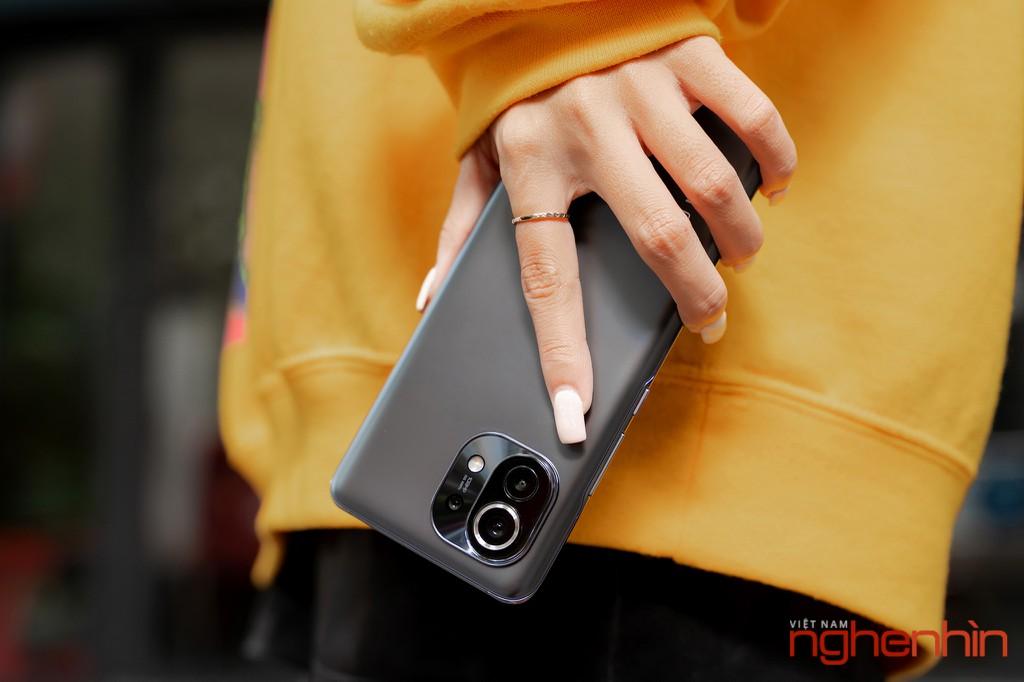 Trên tay Xiaomi Mi 11, trải nghiệm hệ thống camera nhiều nâng cấp mạnh mẽ ảnh 2