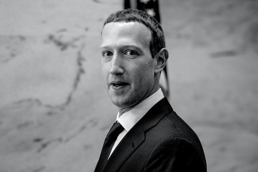 Đến lúc phải cứng rắn với kẻ bắt nạt Facebook