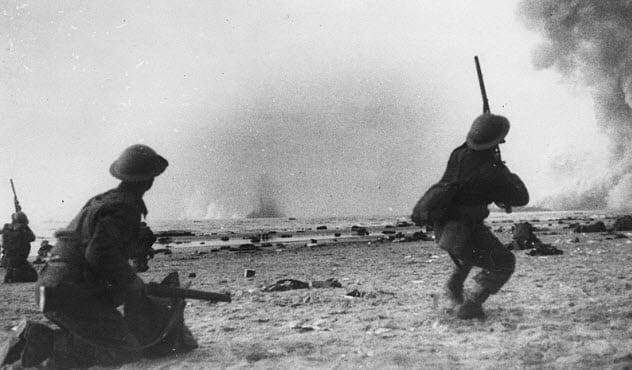 Thời tiết xấu khiến cho Đức quốc xã không thể tấn công quân đồng minh tại Dunkirk.